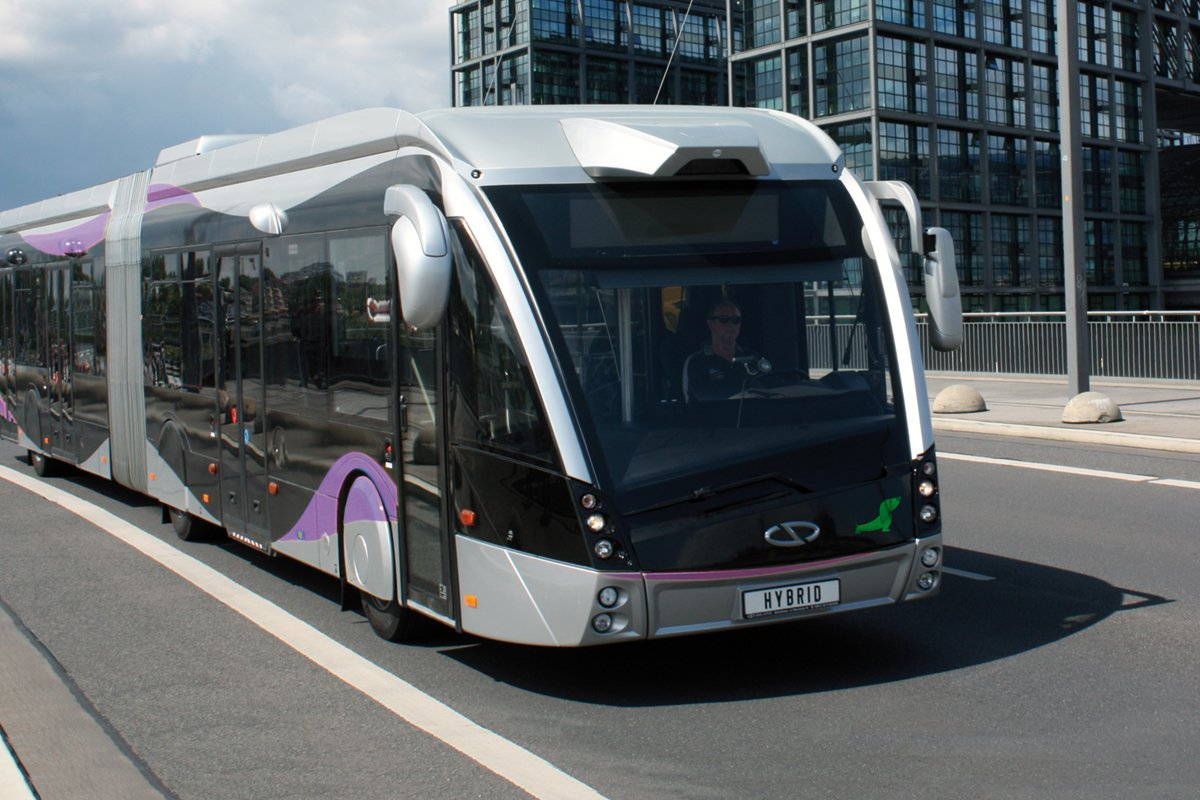 Hybrid Solaris Urbino bus equipped with an Allison transmission