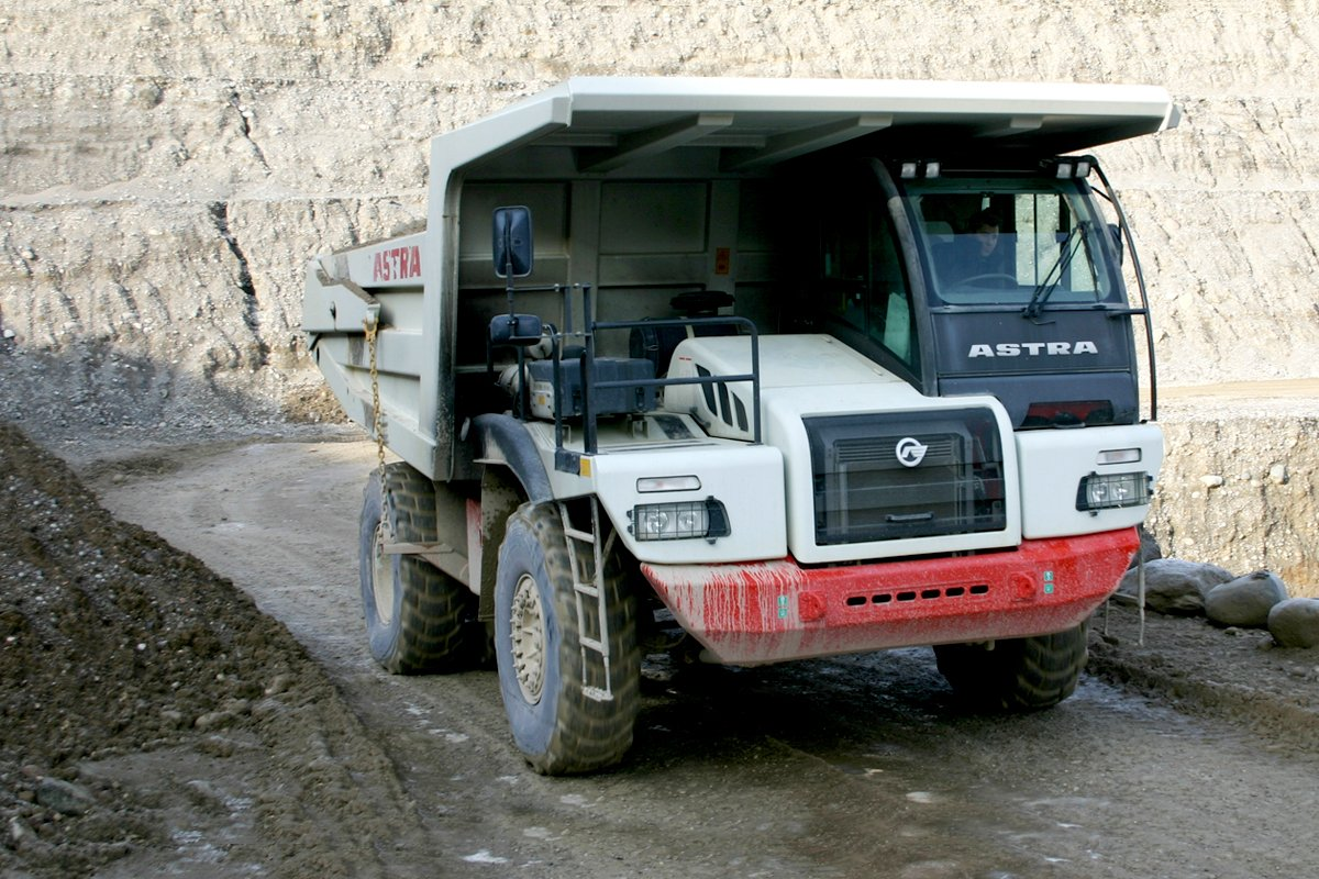Astra truck equipped with an Allison transmission at a mining site in Italy.